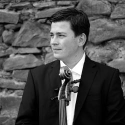 Jonathan Weigle : Violoncello