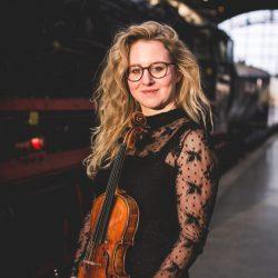 Felicitas Wehmschulte : Violine